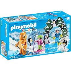 PLAYMOBIL FAMILY FUN ESCUELA DE ESQUI